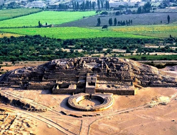 Священный город в Перу Карал-Супе